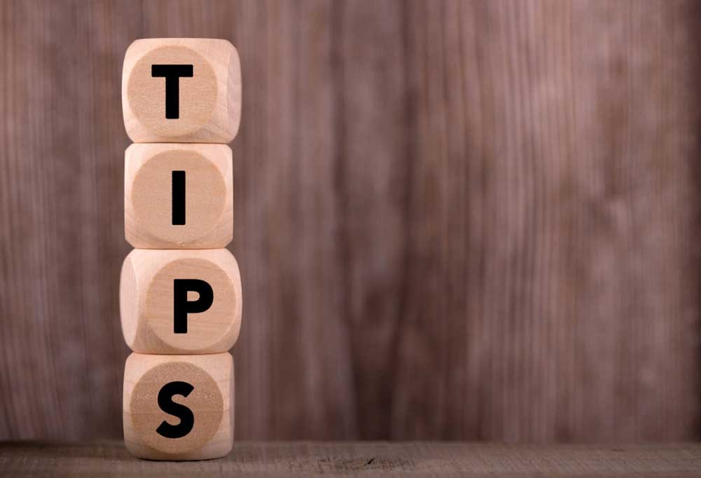 4 blocks stacked on top of each other spelling out the word Tips